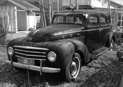 gammal bil 1